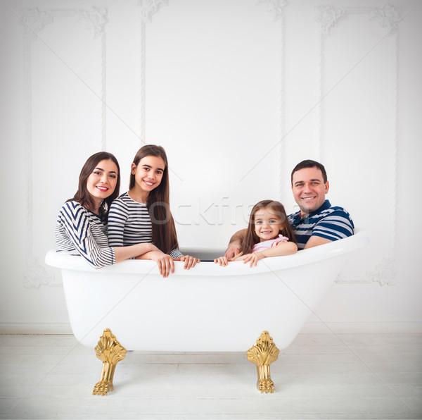 Feliz jovem família banho verão viajar Foto stock © dashapetrenko