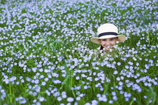 Portré kicsi vicces lány vászon mező Stock fotó © dashapetrenko