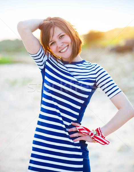 Portrait belle adolescente mer cheveux visage Photo stock © dashapetrenko