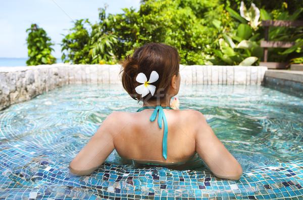 Stock fotó: Fiatal · nő · megnyugtató · fürdő · medence · fiatal · gyönyörű · nő