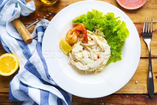 Frutti di mare insalata tavolo in legno pesce mare salute Foto d'archivio © dashapetrenko