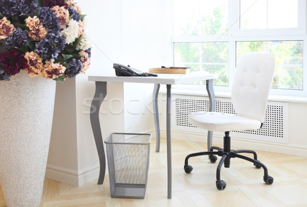 Moderno interior escritório em casa escrita tabela madeira Foto stock © dashapetrenko