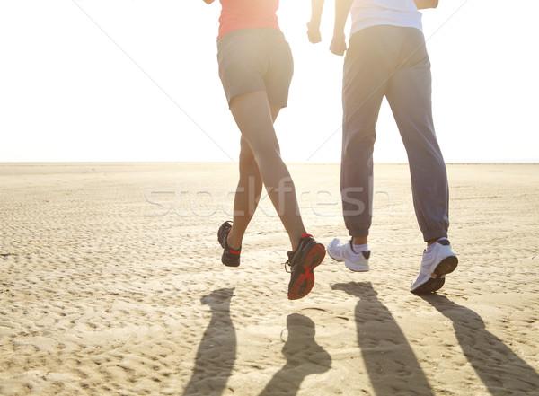 Para jogging na zewnątrz szkolenia Zdjęcia stock © dashapetrenko
