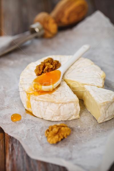 ストックフォト: チーズ · ナッツ · ジャム · 木製のテーブル · 食品 · グループ
