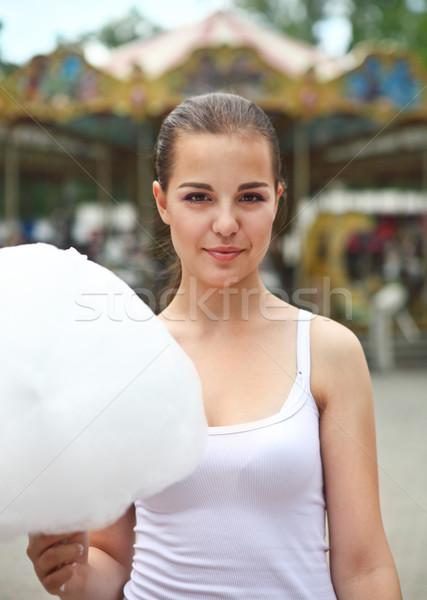 Jonge brunette meisje carrousel outdoor portret Stockfoto © dashapetrenko