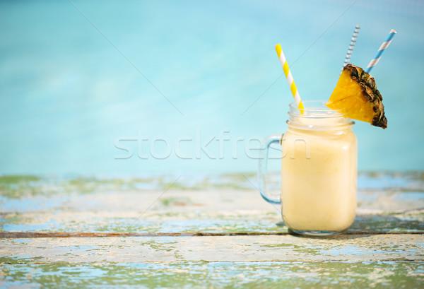 Esotiche ananas cocktail piscina pina colada sole Foto d'archivio © dashapetrenko