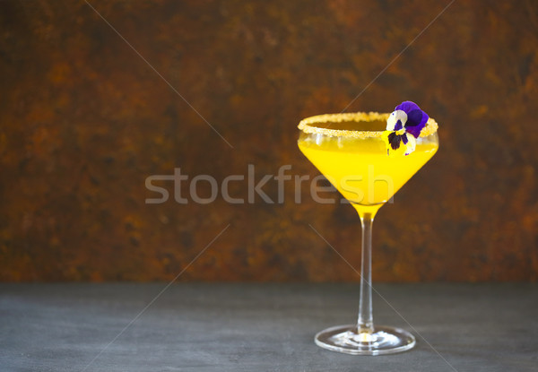Valencia friss narancs üveg asztal jég Stock fotó © dashapetrenko