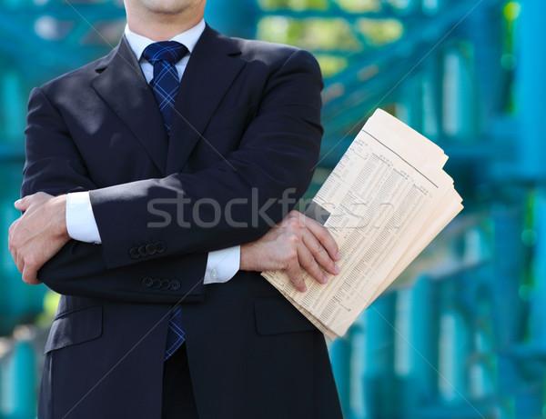 Közelkép kezek üzletember újság kint férfiak Stock fotó © dashapetrenko