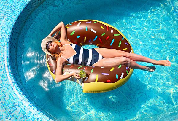 Foto stock: Mulher · jovem · verão · piscina · festa · piscina · praia
