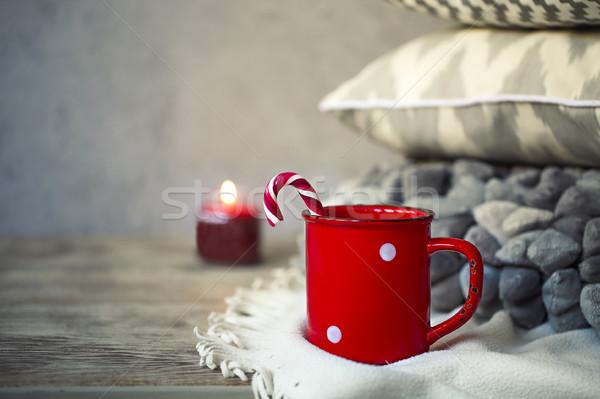 Zdjęcia stock: Kubek · kawy · poduszki · drewniany · stół · christmas · drewna
