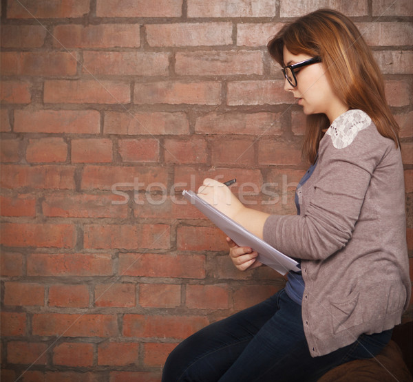 Genç kadın yazar çalışma çatı katı iş kadın Stok fotoğraf © dashapetrenko