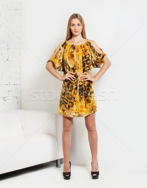 Retrato menina amarelo vestir belo Foto stock © dashapetrenko