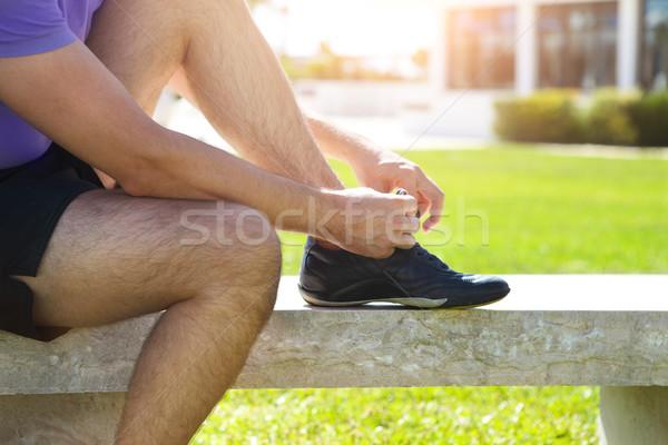 Atleet man loopschoenen klaar jogging park Stockfoto © dashapetrenko