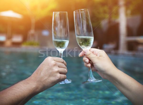 Pár tart szemüveg pezsgő készít pirítós Stock fotó © dashapetrenko