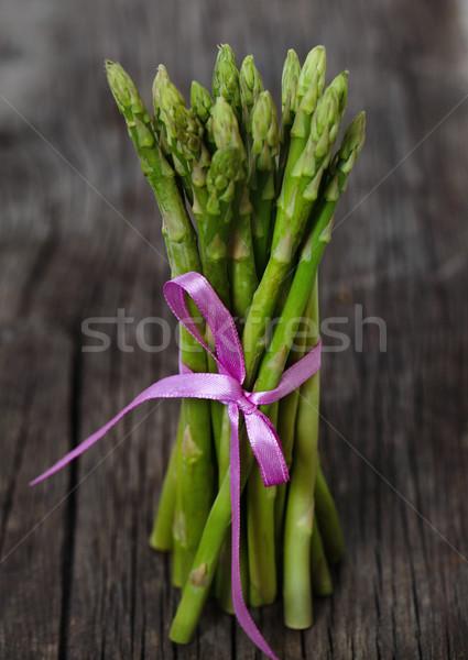 Fraîches vert asperges ruban rustique Photo stock © dashapetrenko