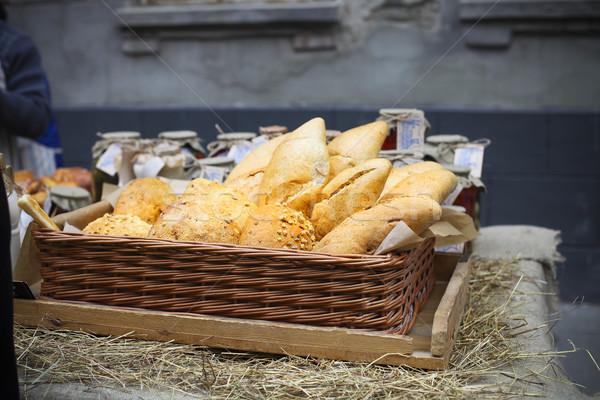 Fehér francia kenyér kosár utca piac textúra Stock fotó © dashapetrenko
