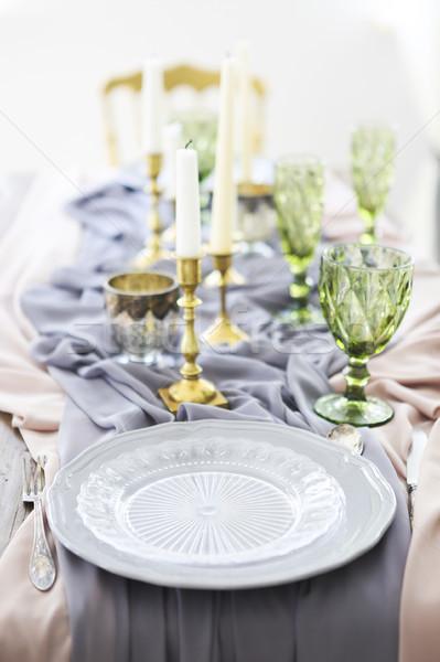 Tabelle dekoriert Kerzen bedeckt Tischdecke Stock foto © dashapetrenko