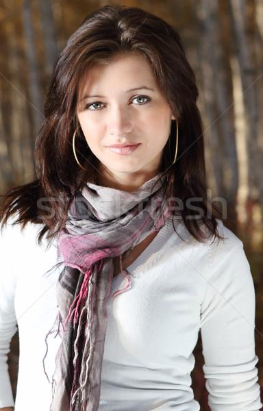 Belle souriant brunette fille automne forêt Photo stock © dashapetrenko