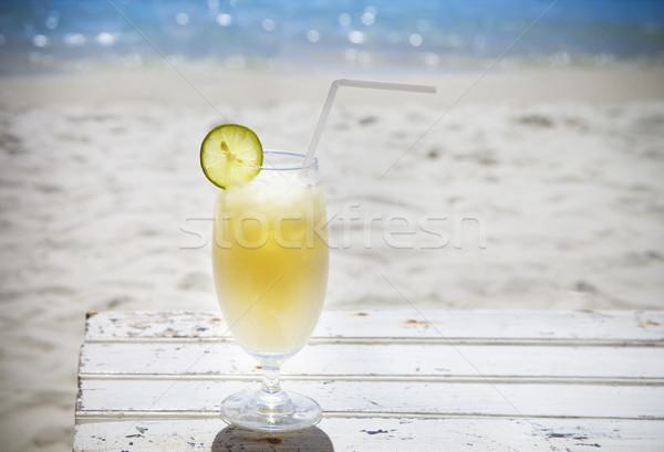тропические коктейль ром красивой Солнечный пляж Сток-фото © dashapetrenko