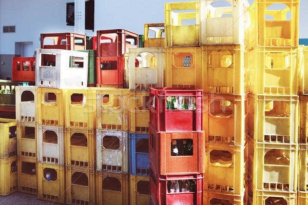 Stock fotó: üres · üvegek · zöld · utca · város · doboz