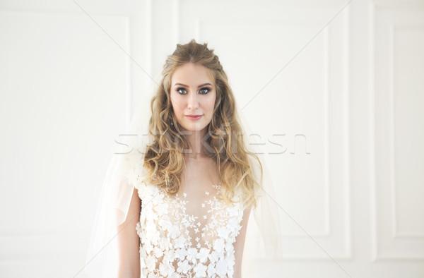 Portré gyönyörű fiatal szőke nő portré nő Stock fotó © dashapetrenko