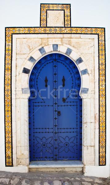 Porta la Tunísia branco azul cidade Foto stock © dashapetrenko