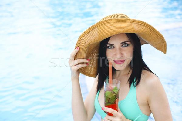 Real feminino beleza férias de verão piscina Foto stock © dashapetrenko