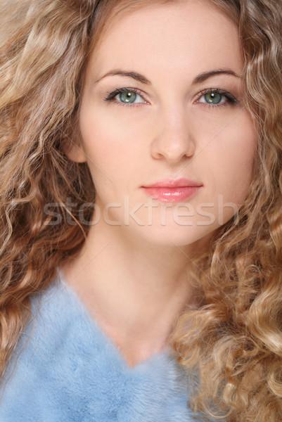 Portrait beauté jeunes blond fille cheveux bouclés Photo stock © dashapetrenko
