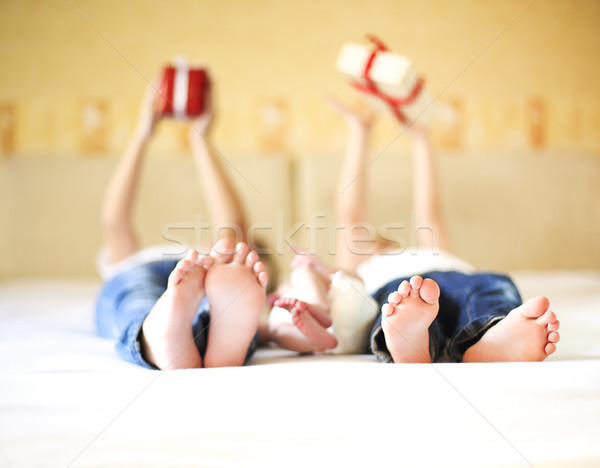 Stockfoto: Zoete · familie · bed · drie · zusters