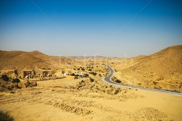 表示 山 道路 サハラ砂漠 砂漠 チュニジア ストックフォト © dashapetrenko