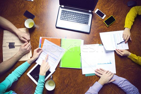Stok fotoğraf: Iş · ekibi · eller · çalışmak · finansal · dizüstü · bilgisayar
