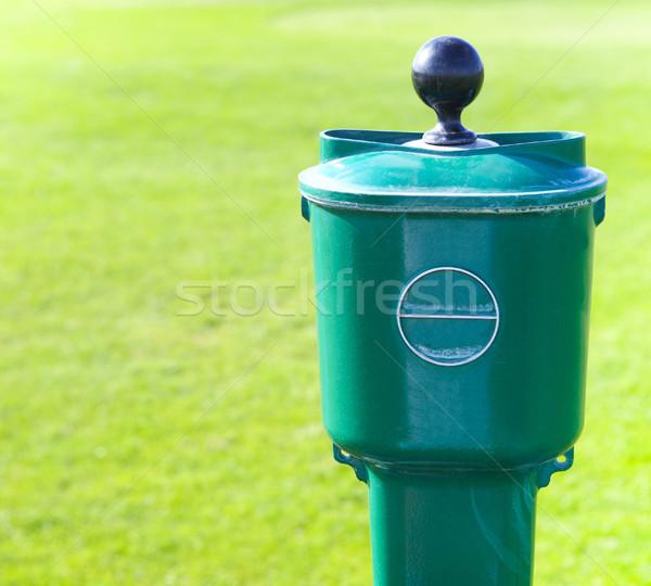 Golf topu yıkayıcı yeşil çim golf Stok fotoğraf © dashapetrenko