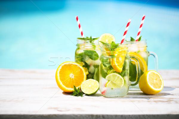Verres limonade piscine été fête Photo stock © dashapetrenko