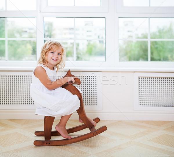 мало Cute девушки питомник комнату Сток-фото © dashapetrenko