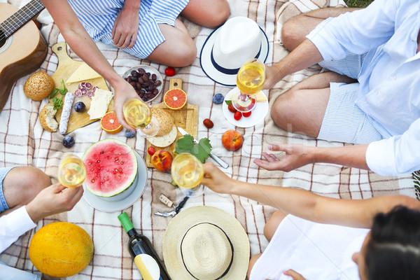Estate picnic vino bianco top view Foto d'archivio © dashapetrenko