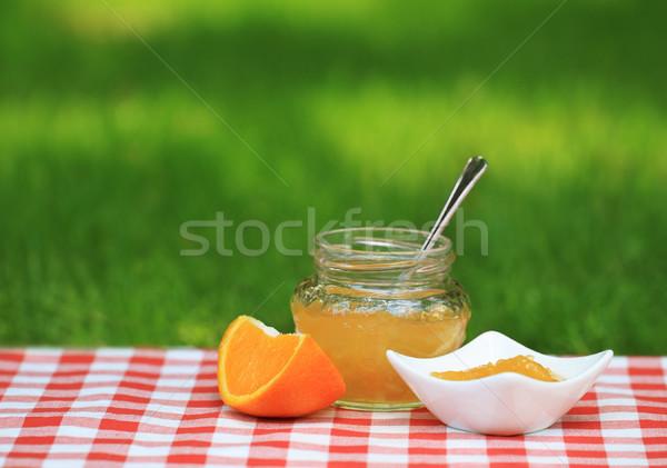 Jar pomarańczowy jam lata ogród tabeli Zdjęcia stock © dashapetrenko