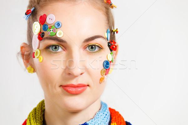 Blond vrouw creativiteit kapsel gekleurd knoppen Stockfoto © dashapetrenko