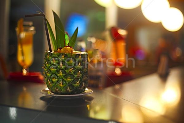 Pina colada koktél bár pult buli gyümölcs Stock fotó © dashapetrenko