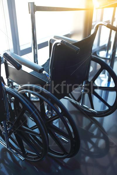 Niepełnosprawnych pionowy shot tle szpitala Zdjęcia stock © dashapetrenko