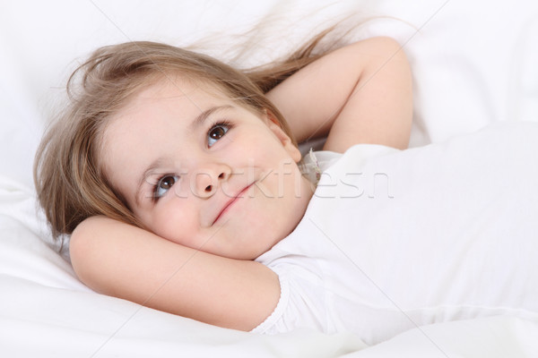 Mały marzyciel cute dziewczyna Zdjęcia stock © dashapetrenko