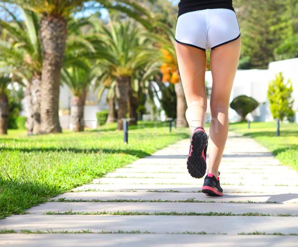 ランナー フィート を実行して 道路 クローズアップ 靴 ストックフォト © dashapetrenko
