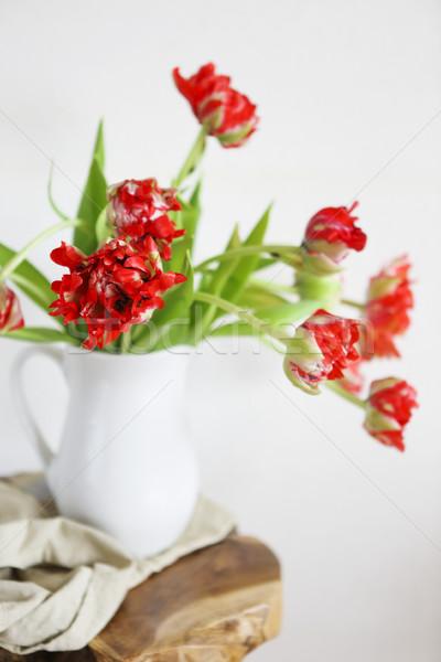 Stock fotó: Tulipánok · virágcsokor · fehér · váza · fából · készült · rusztikus