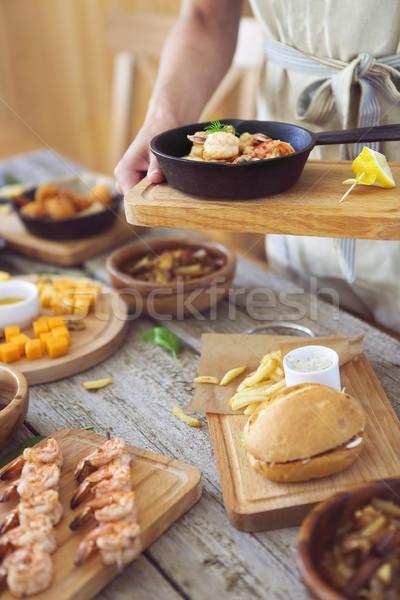 ウエートレス 食品 手 ストックフォト © dashapetrenko