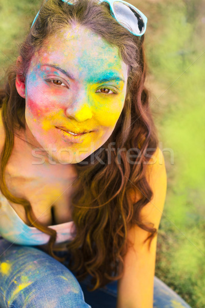 Szczęśliwy młoda dziewczyna kolor festiwalu portret farby Zdjęcia stock © dashapetrenko