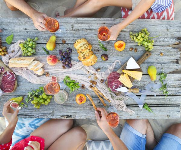 Top strand picknicktafel tabel sluiten Stockfoto © dashapetrenko