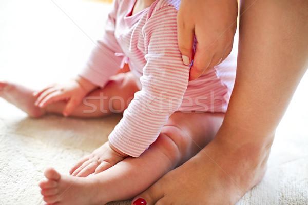 ストックフォト: 母親 · 座って · 赤ちゃん · ホーム