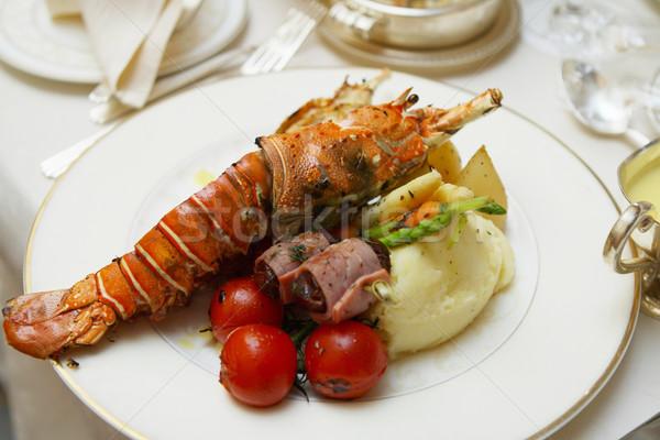 Homard table restaurant rouge plaque Photo stock © dashapetrenko