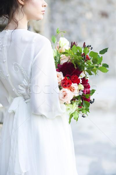 Jungen Braut weiß Hochzeitskleid halten schönen Stock foto © dashapetrenko