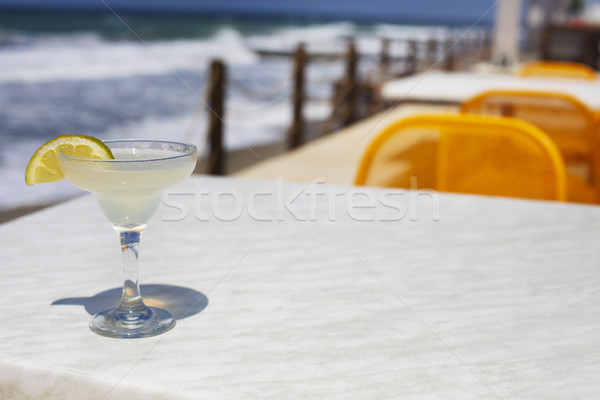 Coquetel óculos mar céu natureza luz Foto stock © dashapetrenko