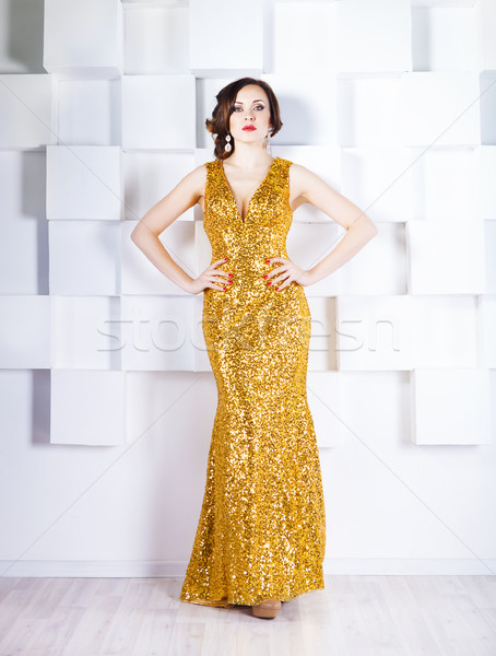 Superstar donna indossare splendente abito Foto d'archivio © dashapetrenko